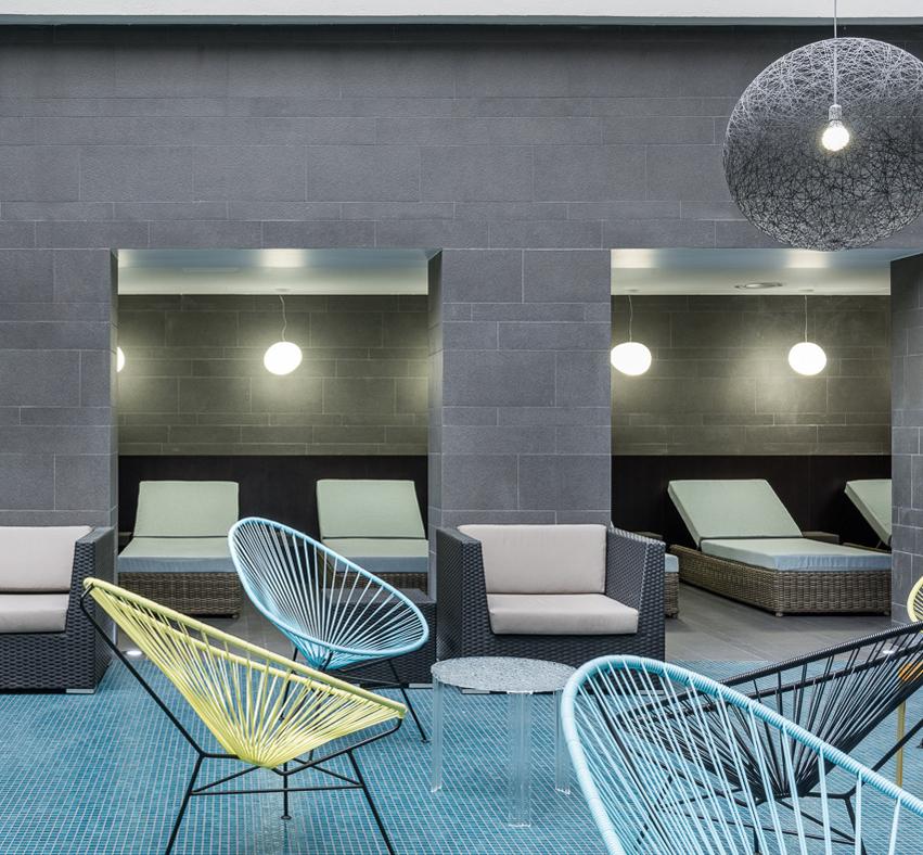 r novation thalasso et spa serge blanco hendaye. Black Bedroom Furniture Sets. Home Design Ideas